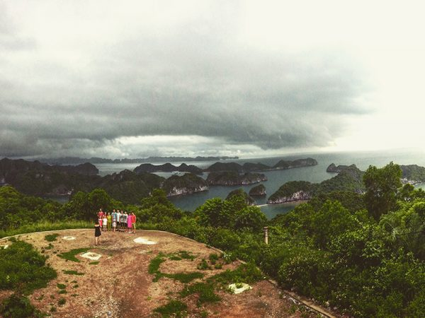 A Thrilling 4-Day Exploration Of Halong Bay and Ninh Binh