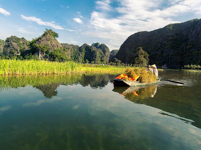Day Trip to Hoa Lu Tam Coc