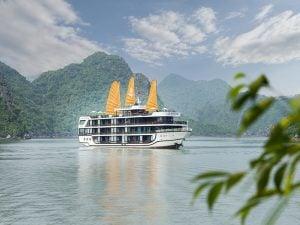 2D1N La Regina Legend 5-Star Cruise in Lan Ha Bay