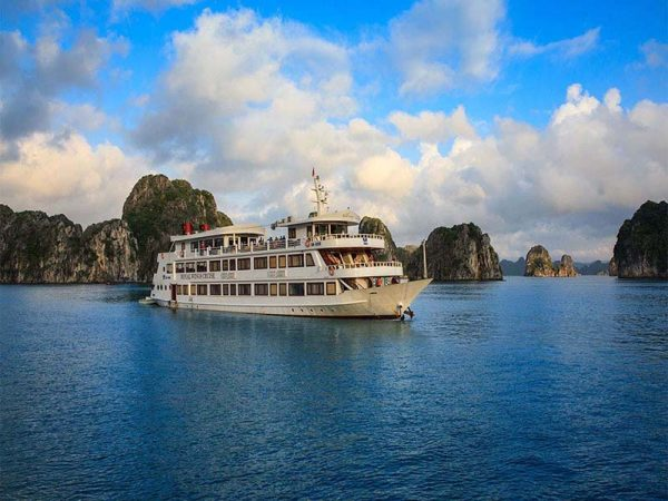 2D1N La Regina Royal 5-Star Cruise Halong Bay