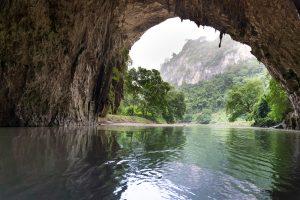 Puong Cave - Ba Be Lakes